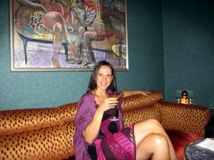 Haarentfernung - gerade für Abende im Cocktailkleidchen ein echtes Thema.