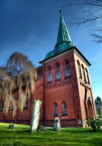 Besuch der Kirche in Moorburg während der Radtour.