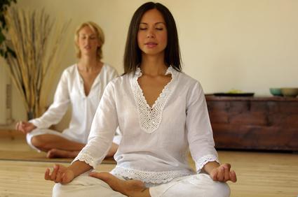 Meditationskissen helfen bei der Entspannung. Foto: vision images - Fotolia.com