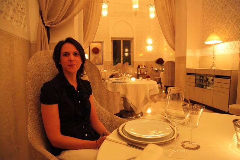 """Nikki beim Dinner im """"La Grand Table Francaise"""" des französischen 3-Sterne-Kochs Yannick Alleno."""